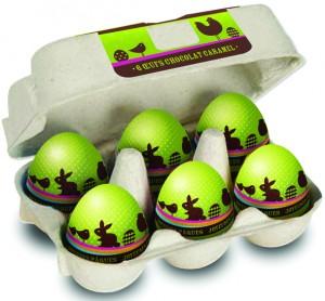 Une véritable boîte à œufs qui cache en son cœur 6 œufs au chocolat au lait, fourrés d'un délicieux praliné saveur caramel. 72 g, 4,40 € (www.monbana.com).