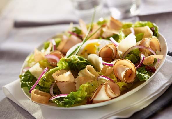 Salade c sar au filet de poulet savoir - Recette salade cesar au poulet grille ...