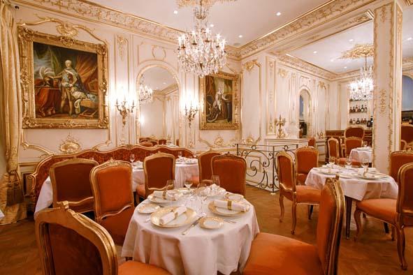 Louis XV aurait adoré ce restaurant !