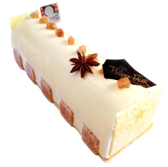 Bûche Sophie. Crème glacée aux éclats de marrons glacés, sorbet poire, coulis de caramel et financier noisette. Philippe Faur (www.philippefaur.com).