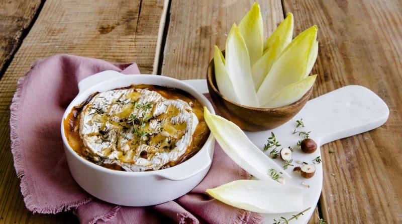 Dipping d'endives au camembert roti