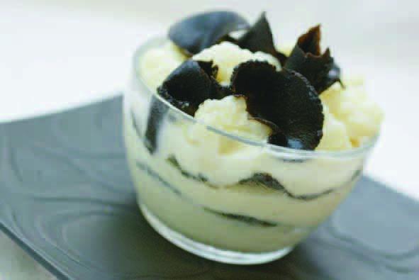 Crème de choux fleur à la truffe - © Truffières de Rabasse