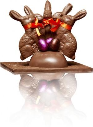 Famille lapin en chocolat au lait. Existe en version chocolat noir. 50 € (www.pierreherme.com).