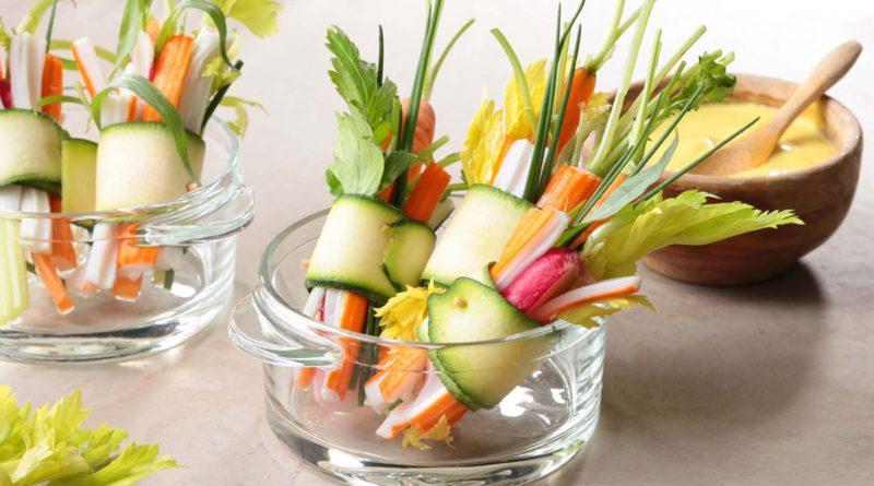 Mini-bouquets de surimi et de légumes