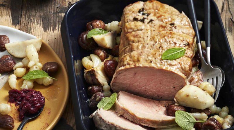 Rôti de veau à la sauge, mijote de crosnes, topinambours, châtaignes et compotée d'airelle
